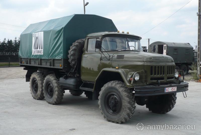 Wojskowy samochód ZIŁ 131