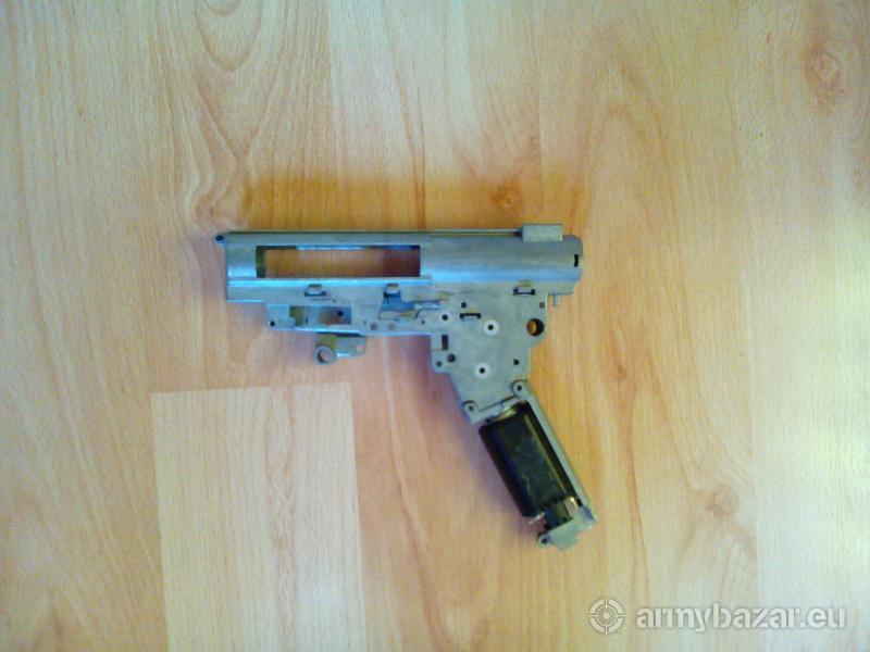 prázdny mechabox zo zbrane G36