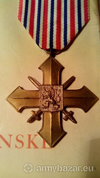 Ceskoslovensky vojnovy kriz 1939 In Memoriam