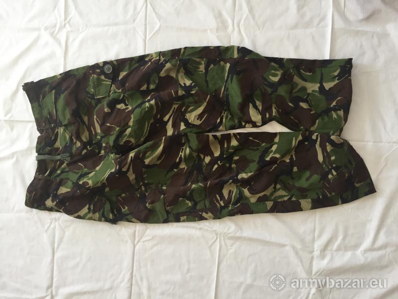 maskáčové nohavice anglickej armády