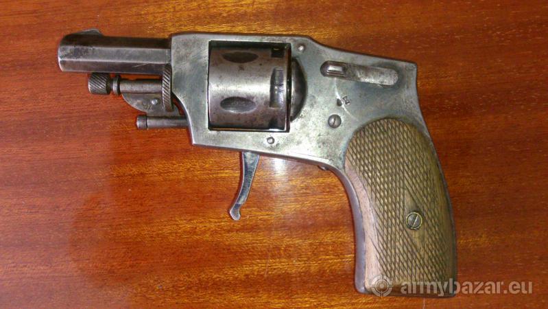 revolver vreckový