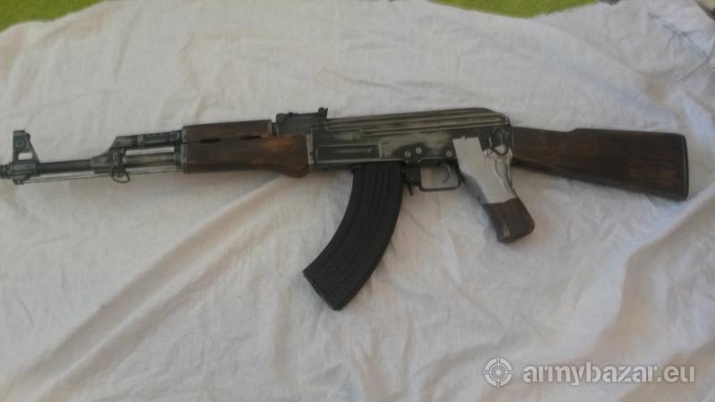 Airsoft AK-47 kov/drevo