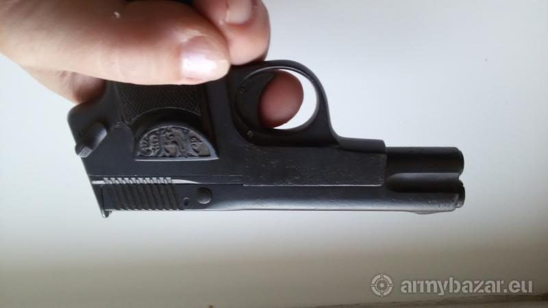Znehodnocená raritní pistole - 1.SV
