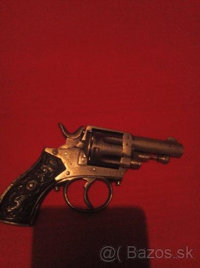Revolver belg. Bulldog