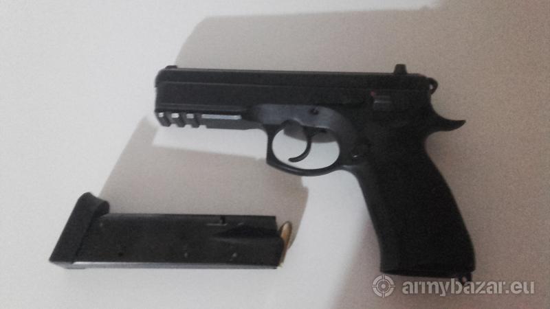 CZ75 SP-01   9×19mm