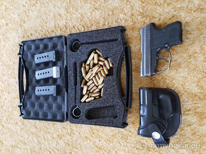 Samonabíjecí pistole KEVIN