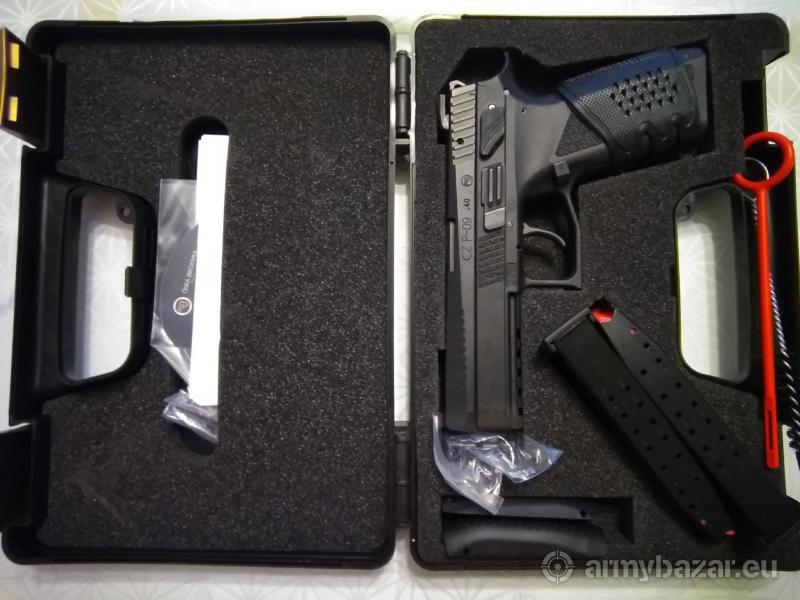 Pištoľ CZ p 09 40 s&w
