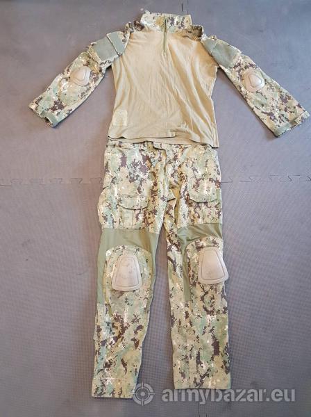 Combat bojová uniforma AOR2
