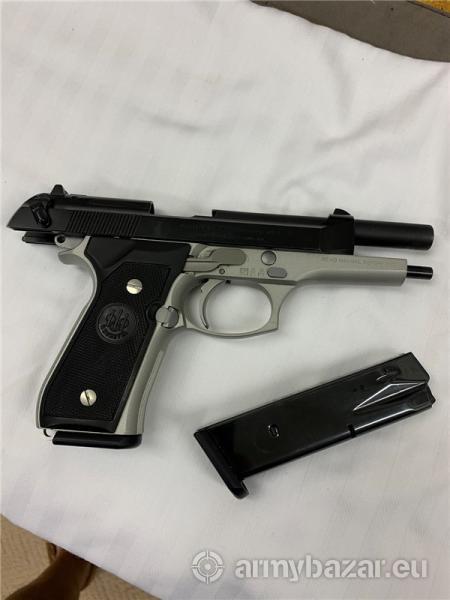 Beretta 92FS Two Tone