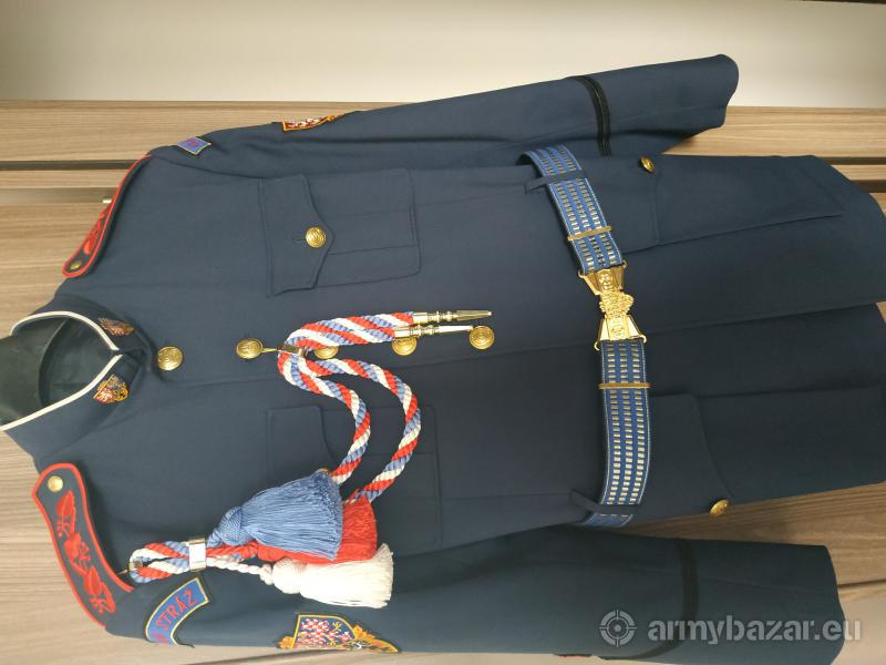Uniformy Hradní stráž