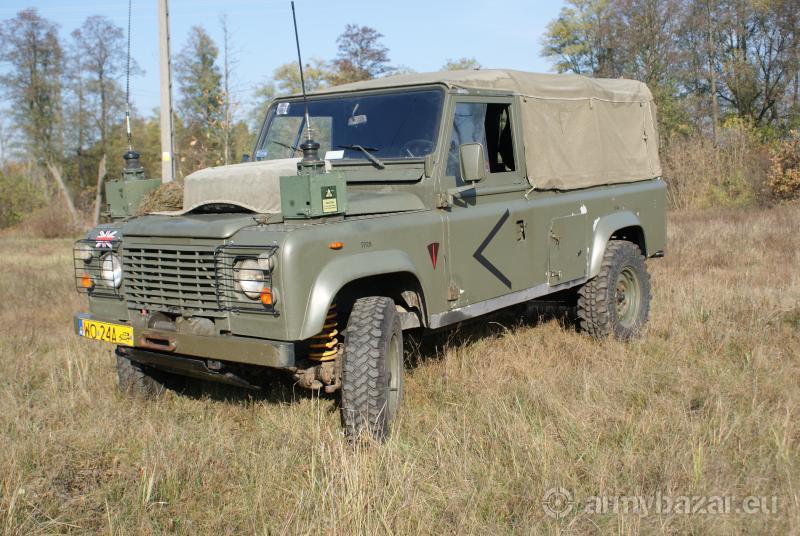 Land Rover Defender 110 / 4x4