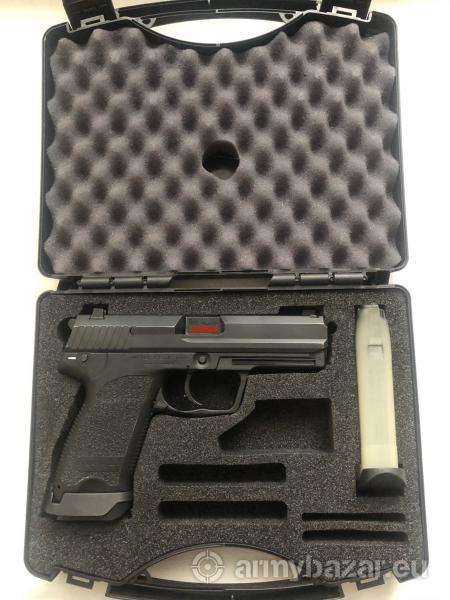 Heckler & Koch USP 9×19