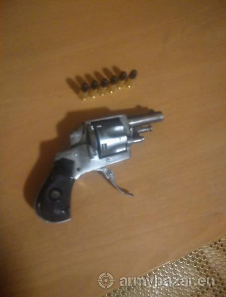 Revolver Corto 1890 cal. 0,320