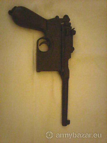 pištoľ C96Mauser