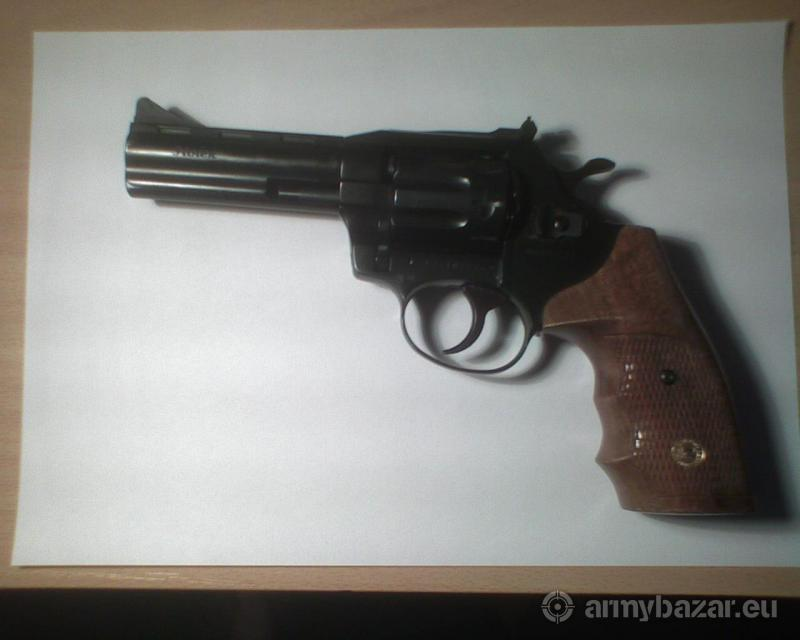 Revolver Holek kaliber 22 LR