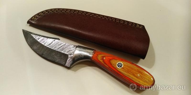 Nôž z damaškovej ocele k6.