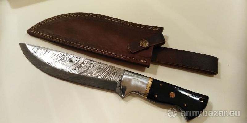 Veľký nôž z damaškovej ocele k9.