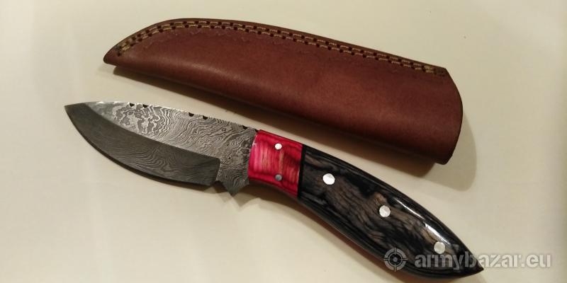 Nôž z damaškovej ocele k5 s dvojfarebnou rukoväťou
