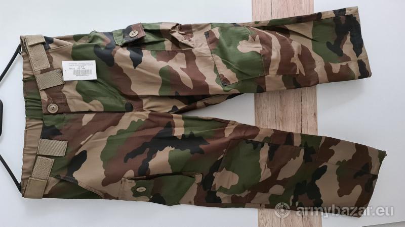 Uniforma FR armady v CCE nohavice a košeľa